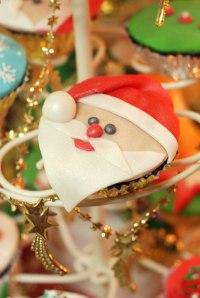 Santa-Claus-CupcakeWP